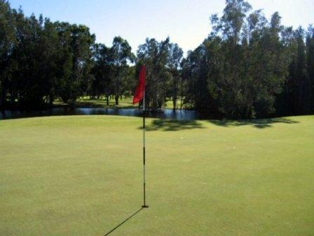 Coffs Harbour Golf Club – Weddings, Accommodation, Restaurant, Australia, NSW - Coffs Harbour Golf - Pro Shop, Carts, Driving Range, Resort
