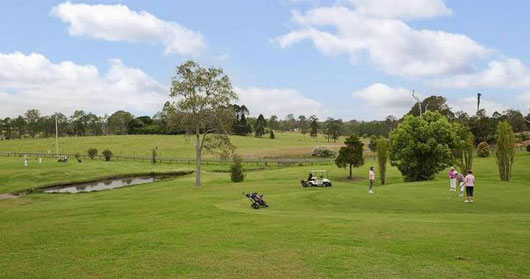 Gunabul Homestead Par 3 Golf Course - Gunabul Homestead Par 3 Golf Club - QLD, Australia